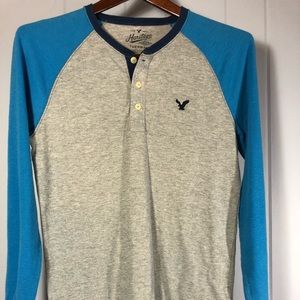American Eagle long sleeve tshirt